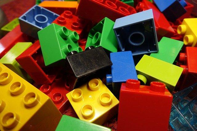 Lego tehly